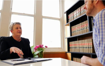 How to Pick the Right Lawyer for You